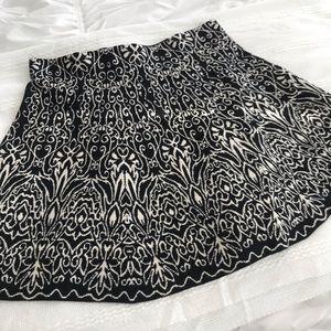 Black & white skater skirt